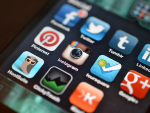 social media aerospace marketing